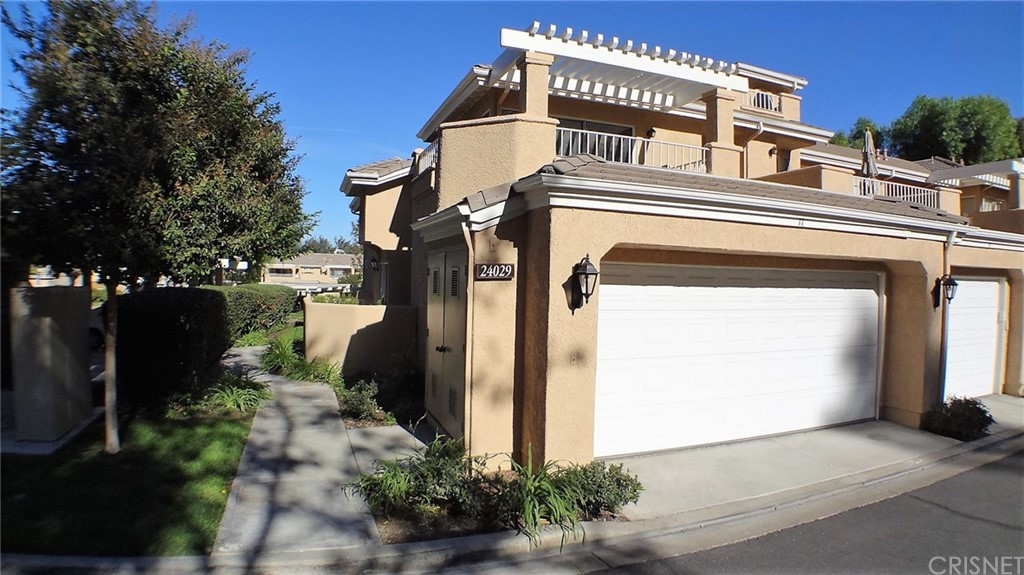 Property for sale at 24029 ARROYO PARK DRIVE #11, Valencia,  CA 91355