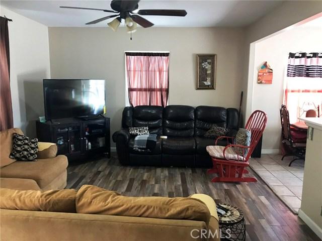 44428 Elm Avenue Lancaster, CA 93534 - MLS #: SR18138681
