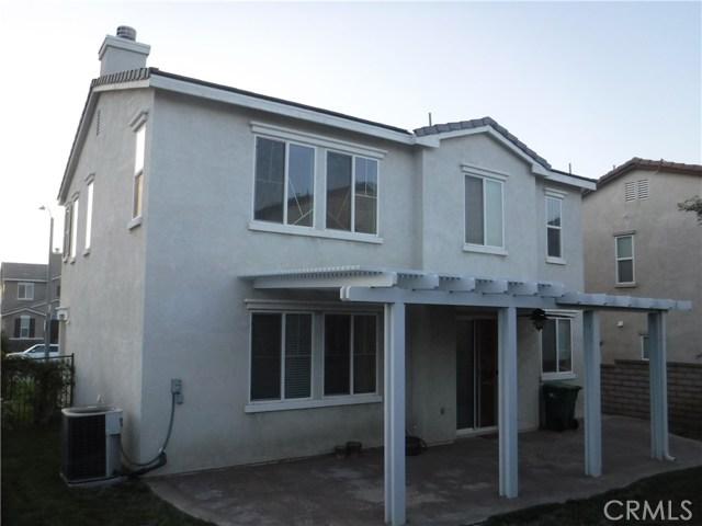 37624 Mangrove Drive, Palmdale CA: http://media.crmls.org/mediascn/7becb23a-a7f3-466b-a9bf-02eda80b2c0b.jpg