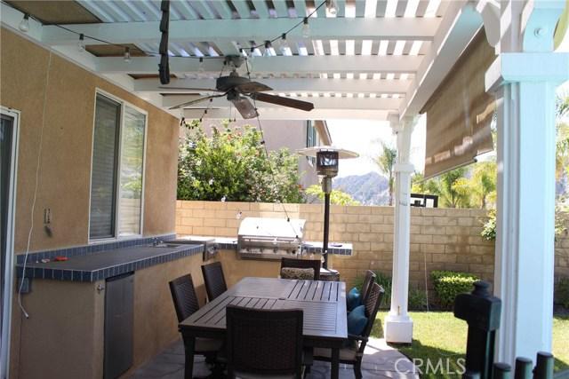 26452 Beecher Lane, Stevenson Ranch CA: http://media.crmls.org/mediascn/7bfd90b8-29cc-4b18-8dc7-3602a5b88b4f.jpg