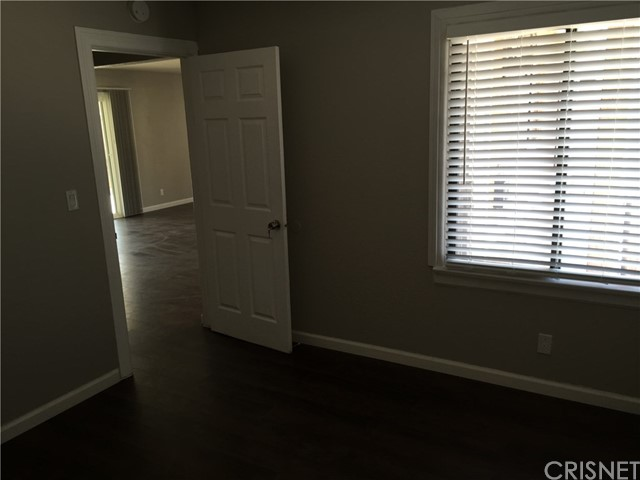Additional photo for property listing at 37852 Robina Avenue  Palmdale, California 93550 United States