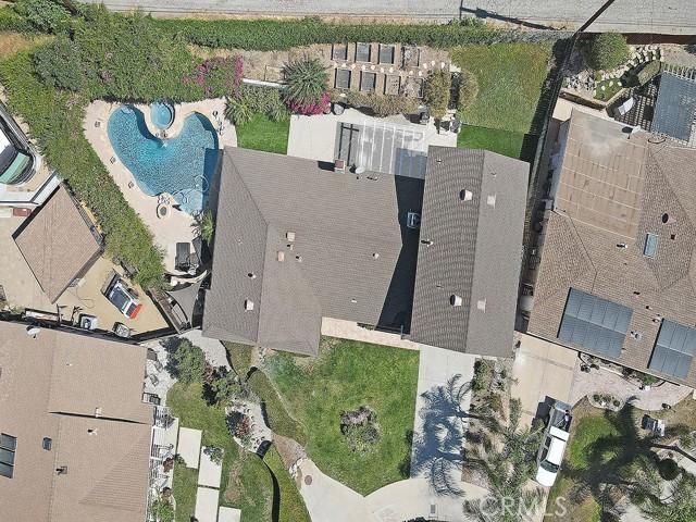 10215 Casaba Avenue, Chatsworth CA: http://media.crmls.org/mediascn/7c5287e7-8666-467e-8da4-7bbfcb657d13.jpg