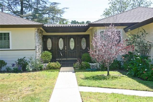 10000 Rudnick Avenue, Chatsworth CA: http://media.crmls.org/mediascn/7cdaa885-58c4-45c3-b729-c939499cd463.jpg