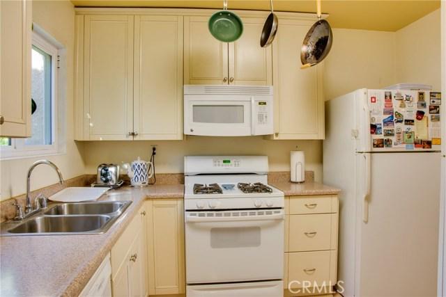 Condominium for Rent at 10331 Lindley Avenue Northridge, California 91326 United States
