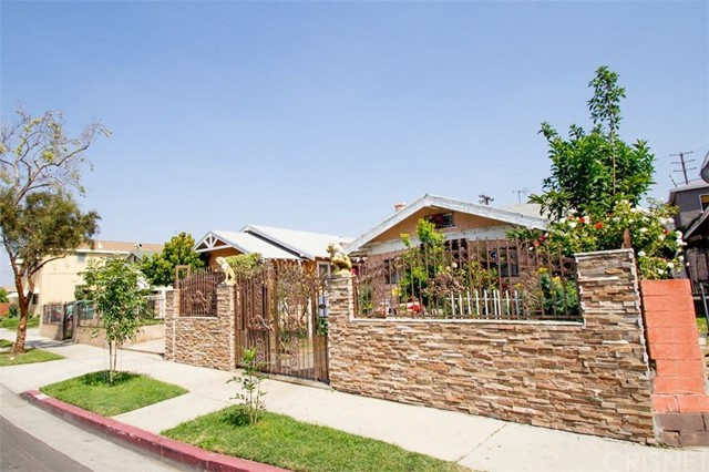 3760 3rd Avenue Los Angeles, CA 90018 - MLS #: SR18106318