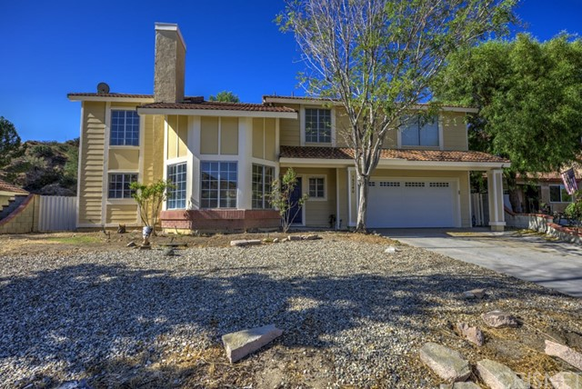 Terrific Recently Renovated Canyon Country Custom Cul-De-Sac Home!! This 3 bed, 3 bath, 2023 sq ft home features a great custom addition with custom touches throughout, eat-in kitchen, 2 fireplaces, wet bar, a large loft, lots of windows, large 26,928 sq ft lot, with custom pool and spa. Property was just bought and renovated top to bottom. If a buyer puts in an offer soon enough, they may be able to pick out the finishing touches. Located close to award winning schools, shopping and the I-14 freeway.