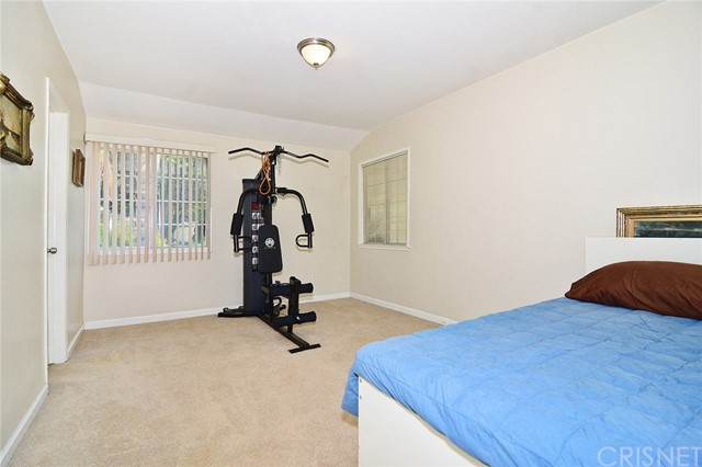 Additional photo for property listing at 23209  Bigler Street 23209  Bigler Street Woodland Hills, California 91364 United States