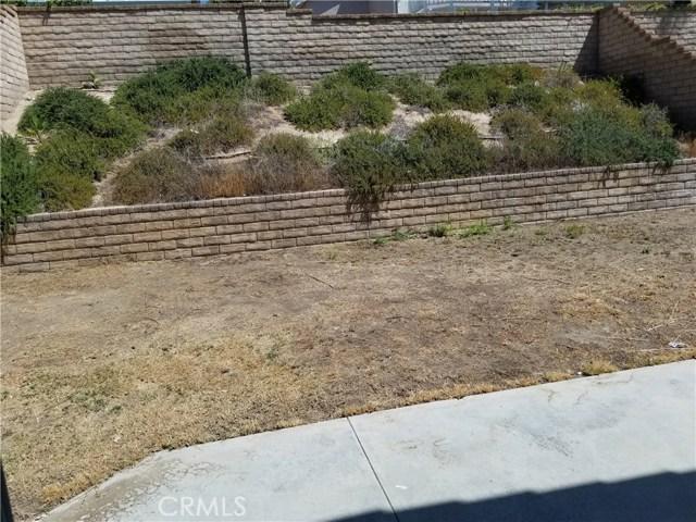 23853 Laurelwood Lane, Valencia CA: http://media.crmls.org/mediascn/7d779537-c22e-47f5-9a83-7e1a8345565c.jpg