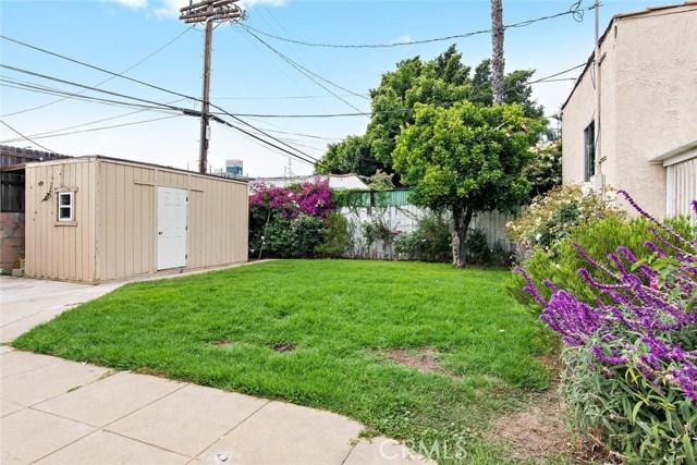 721 N Orange Grove Avenue, Los Angeles CA: http://media.crmls.org/mediascn/7d787bc6-9f01-44e7-9785-7b6dfe668e94.jpg