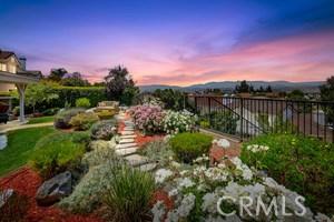 11919 Silver Crest Street, Moorpark CA: http://media.crmls.org/mediascn/7e2c51b6-0397-42b4-98ec-73de3313ee82.jpg