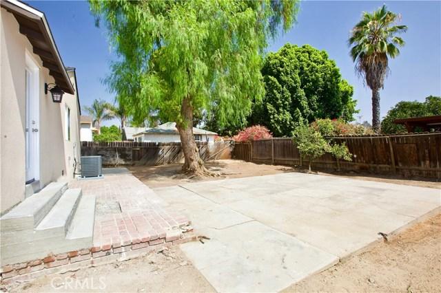8660 Sharp Avenue, Sun Valley CA: http://media.crmls.org/mediascn/7e2d0029-31a6-4618-829b-bbb9d6324b8b.jpg