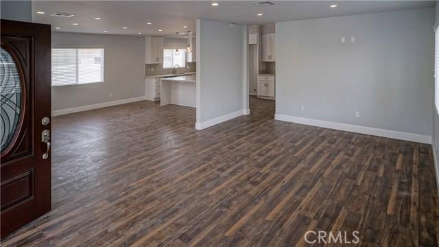 Single Family Home for Sale at 22044 Valerio Street Canoga Park, California 91303 United States
