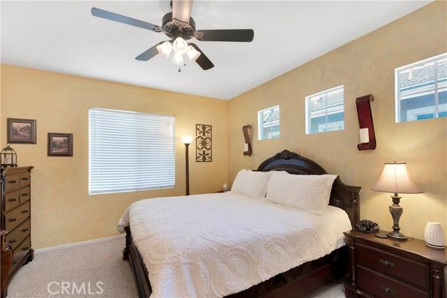 440 Arborwood Street, Fillmore CA: http://media.crmls.org/mediascn/7e42f5e9-7d24-437e-a3e7-aed917213d01.jpg