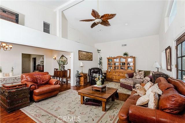 6134 Corbin Avenue Tarzana, CA 91356 - MLS #: SR17116451