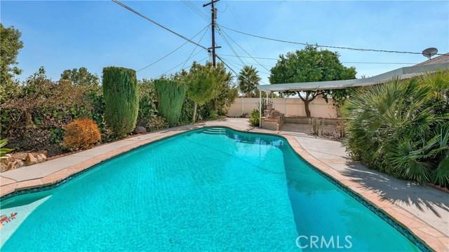 11702 Monogram Avenue, Granada Hills CA: http://media.crmls.org/mediascn/7e628d8f-4205-446d-aa97-1e58dca138c7.jpg