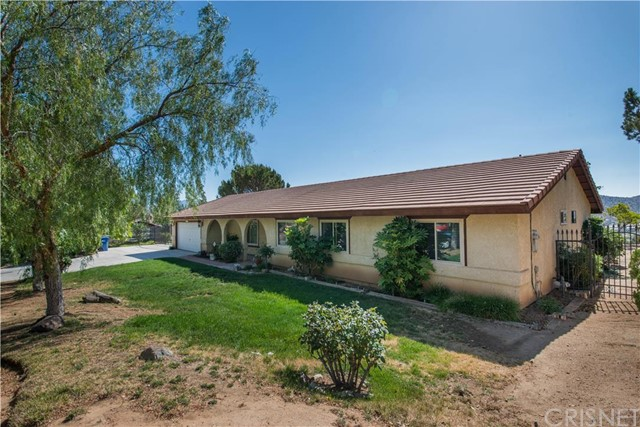 Property for sale at 33511 Listie Avenue, Acton,  CA 93510