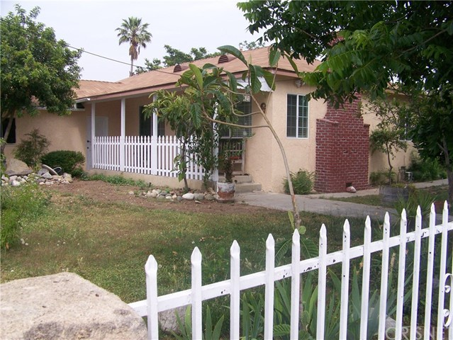 Single Family Home for Sale at 1421 7th Street San Fernando, California 91340 United States