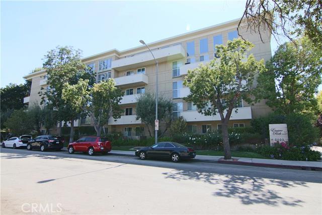 4949 Genesta Avenue Unit 210, Encino CA 91316