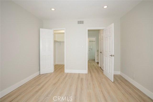 15344 Weddington Street, Sherman Oaks CA: http://media.crmls.org/mediascn/7f35e2e2-4c24-415d-9fb7-02bb5b573ab1.jpg