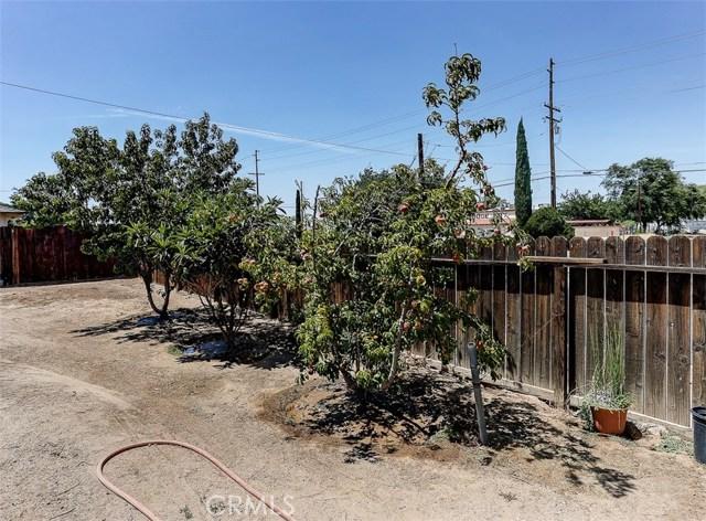 38757 Glenbush Avenue, Palmdale CA: http://media.crmls.org/mediascn/7f7f4769-f56c-4b32-b3ef-563d0365f0e7.jpg