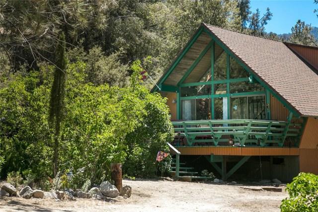 2305 Maplewood Way Pine Mtn Club, CA 93222 - MLS #: SR17137625