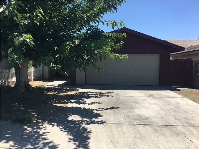 Single Family Home for Rent at 3212 Parkland Court Bakersfield, California 93304 United States