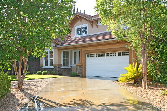 Single Family Home for Sale at 7721 Twining Way Canoga Park, California 91304 United States