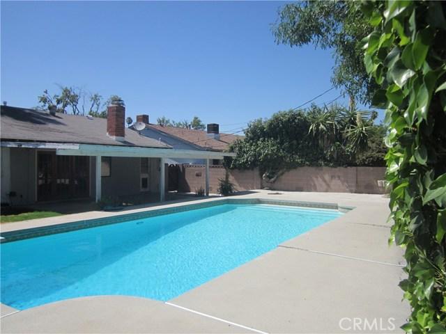 6624 Gross Avenue, West Hills CA: http://media.crmls.org/mediascn/804e1ecf-0a35-403e-8f0f-36d8d11eb3cd.jpg