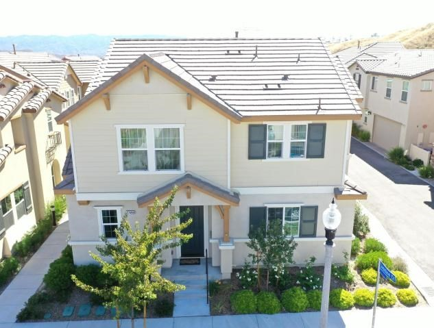 27498 Jasmine Ct, Saugus, CA 91350 Photo
