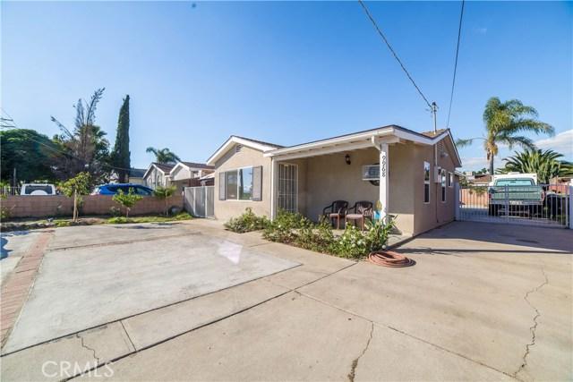 Single Family Home for Sale at 9968 Arleta Avenue Arleta, California 91331 United States