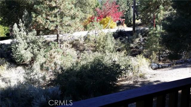 1901 Bernina Drive, Pine Mtn Club CA: http://media.crmls.org/mediascn/80ba8f71-41f6-4fb2-b2c0-6927feb647bd.jpg