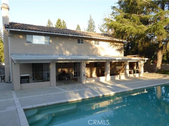 10701 Fullbright Avenue, Chatsworth CA: http://media.crmls.org/mediascn/80d85f42-710b-43ac-b840-a7bc93f8d5f3.jpg