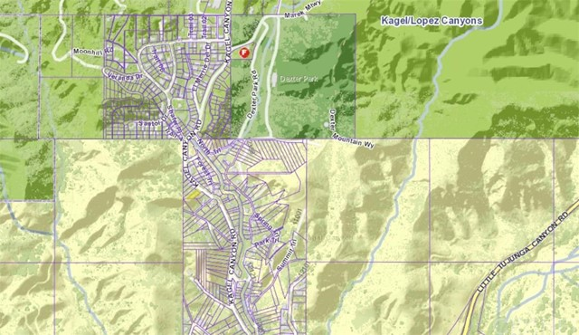 12319 Kagel Canyon Rd, Sylmar CA: http://media.crmls.org/mediascn/80d8bf9e-ecb0-4878-beaf-35f8b3687330.jpg