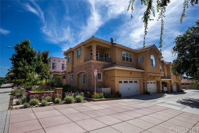 Townhouse for Rent at 5310 Colodny Drive Agoura Hills, California 91301 United States