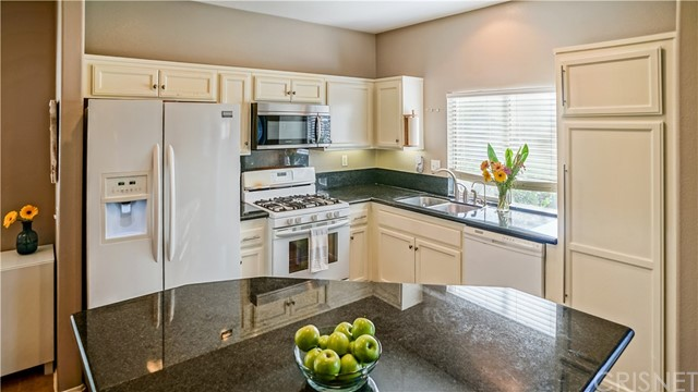 Additional photo for property listing at 24851 Noelle Way  Newhall, 加利福尼亚州 91321 美国
