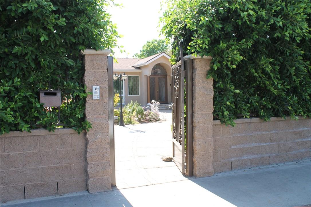 Single Family Home for Sale at 6511 Gloria Avenue Lake Balboa, California 91406 United States