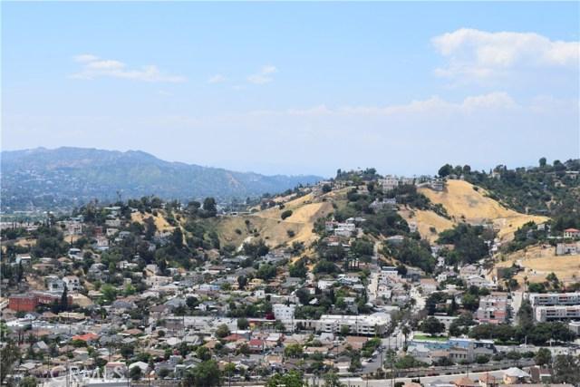 382 Elreno Street, Montecito Heights CA: http://media.crmls.org/mediascn/821ce63f-5b94-4544-9623-b54c22b18bb9.jpg