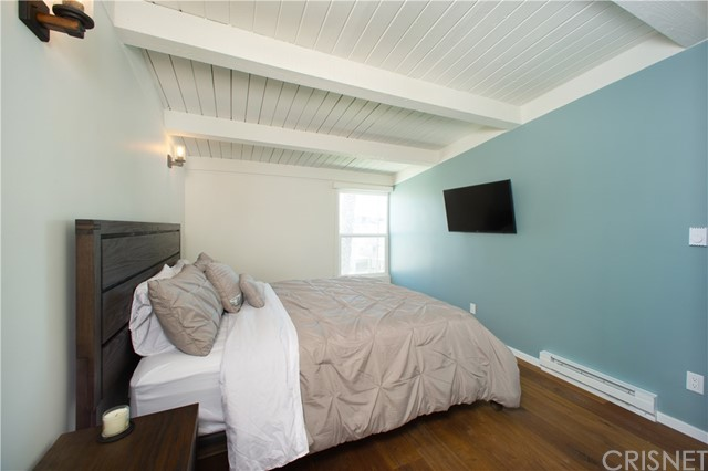22 E Navy St, Santa Monica, CA 90291 Photo 11