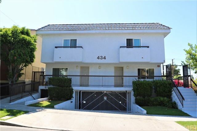 Single Family Home for Sale at 434 E Tujunga Avenue Burbank, California 91501 United States