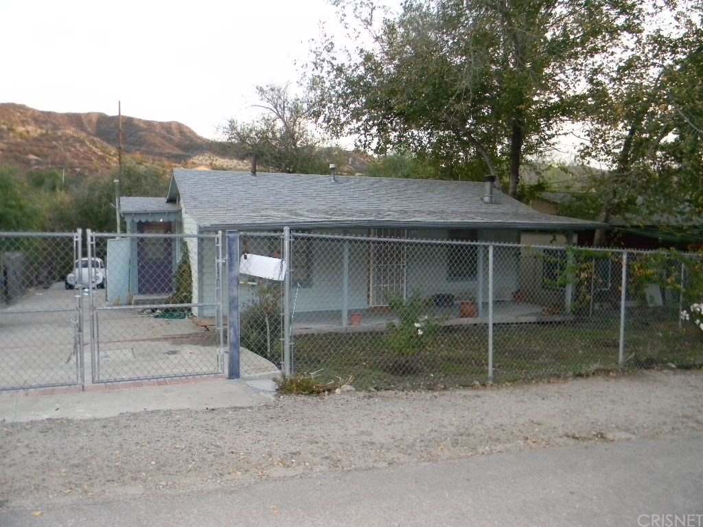 17020 FORREST Street, Canyon Country, CA 91351