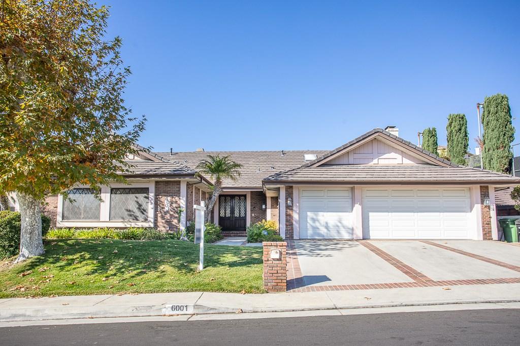Photo of 6001 Woodland View Drive, Woodland Hills, CA 91367