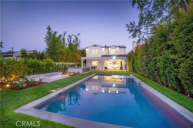 12415 Huston Street, Valley Village CA: http://media.crmls.org/mediascn/82d06bb8-add2-45aa-be4e-69d0dcd60364.jpg