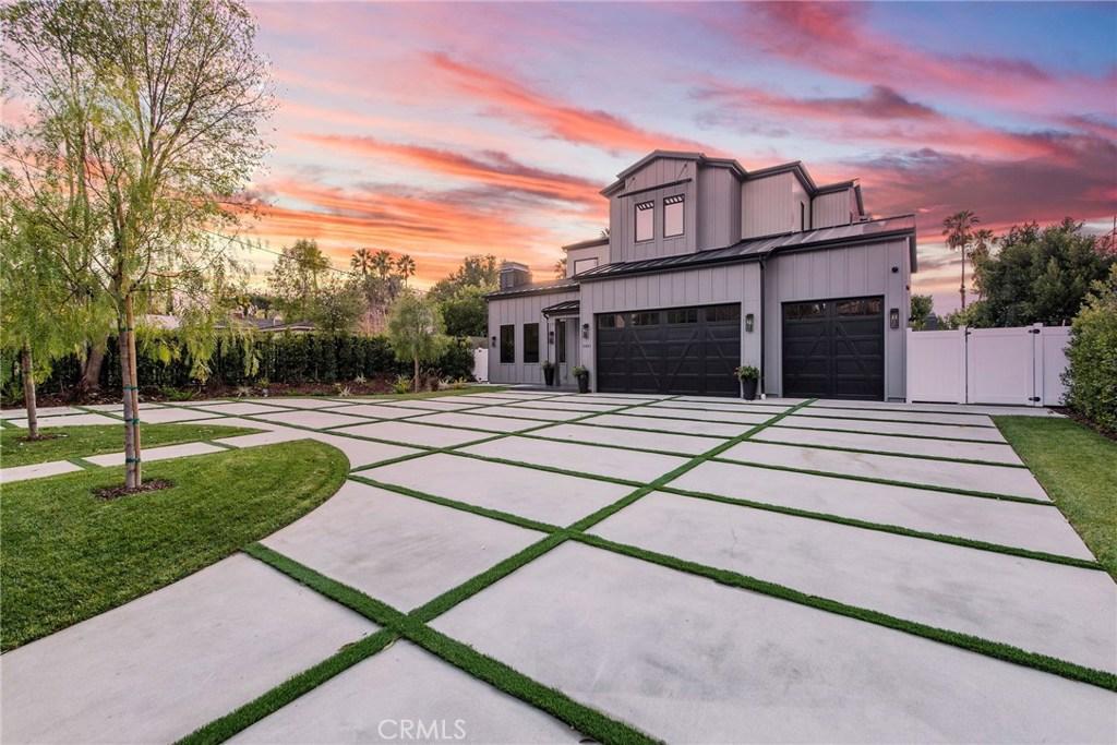 5401 Donna Avenue, Tarzana, CA 91356