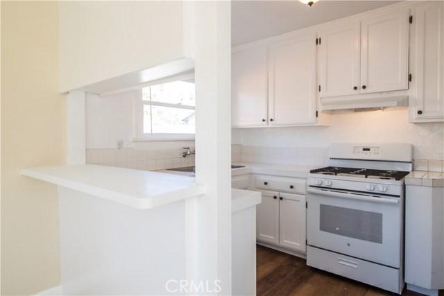 7500 Owensmouth Avenue, Canoga Park CA: http://media.crmls.org/mediascn/82fc422c-9a6d-45ec-89e9-1a89603dd533.jpg