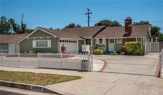 Single Family Home for Sale at 21014 Cantara Street Canoga Park, California 91304 United States