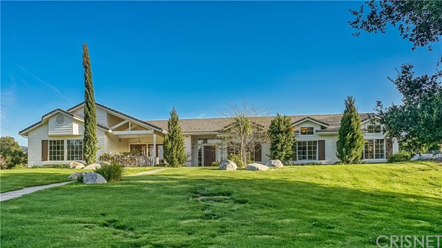 16402 Warmuth Road, Canyon Country CA 91387
