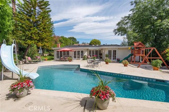 24576 Calvert Street, Woodland Hills CA 91367