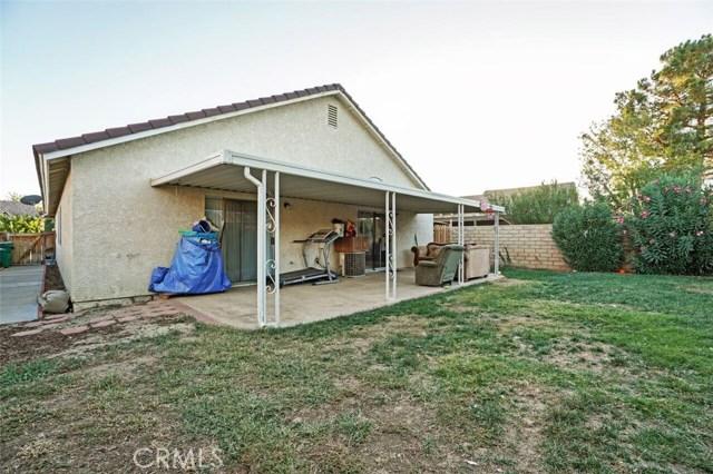 5139 Sunburst Drive, Palmdale CA: http://media.crmls.org/mediascn/8378b37e-bdd0-4822-a9bb-fdec9910f15a.jpg