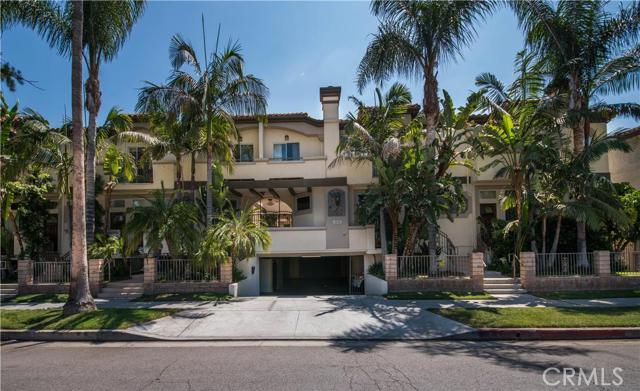 4520 Fulton Avenue #3, Sherman Oaks, California 91423- Oren Mordkowitz