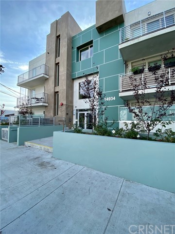 Photo of 14934 Burbank Boulevard #31, Sherman Oaks, CA 91411